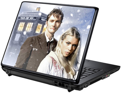Доктор и Роза под снегом